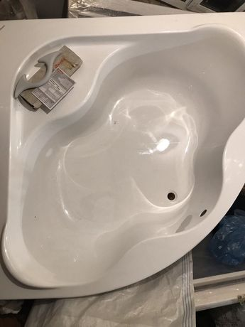 Ванна угловая Ravak укомплектованная