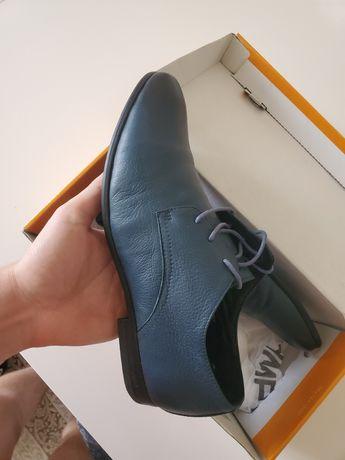 продам туфлі шкіра