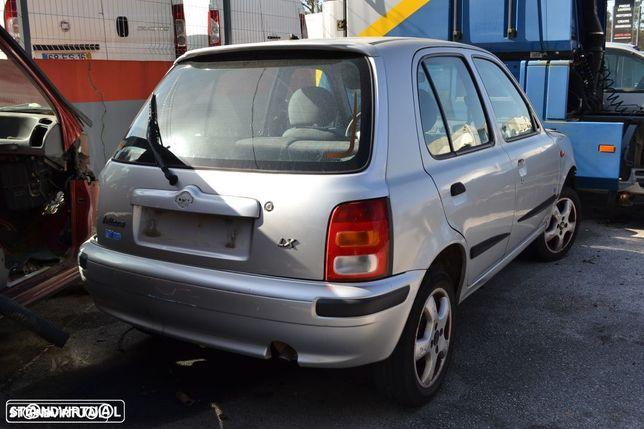 Nissan Micra LX de 1996 para peças