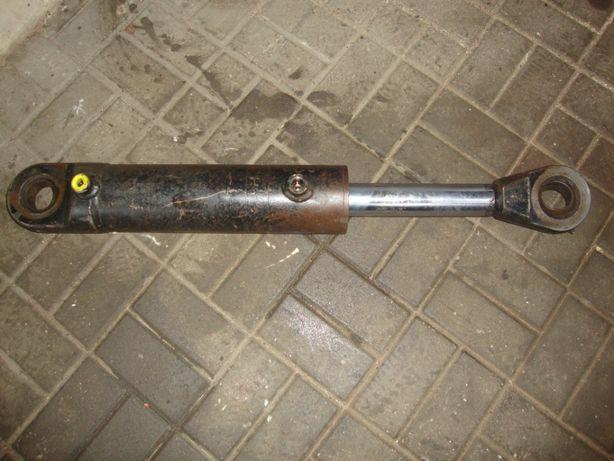 siłownik hydrauliczny prasa hydrauliczna