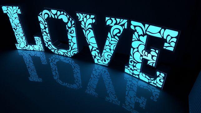 Podświetlane Ażurowe Napisy LOVE na wesele, sesje ślubne, zaręczyny