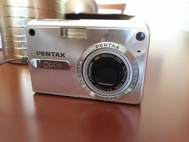 Máquina Fotográfica PENTAX Optio 5MP