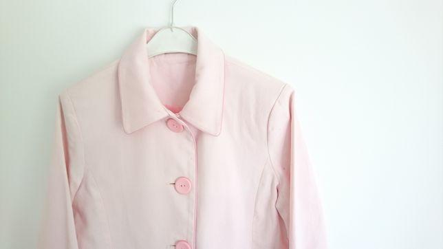 Różowy płaszczyk na wiosnę płaszcz wiosenny kurtka z kołnierzykiem