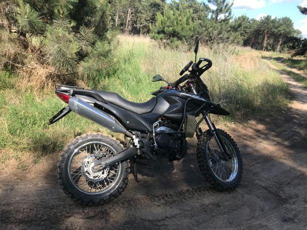 Мотоцикл эндуро кросс shineray 250