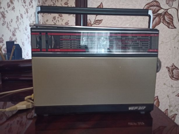 Продам радиоприемник