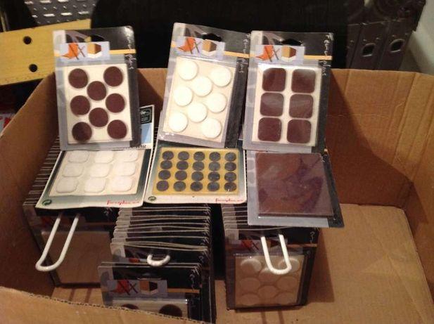Vendo lote embalagens de velcros, ganchos e batentes de porta de colar