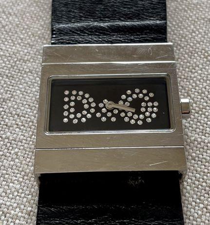 Relógio D&G reversível (preto/zebra)