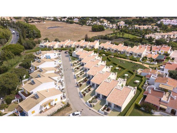 Moradia V2+1, em Vilamoura, Algarve