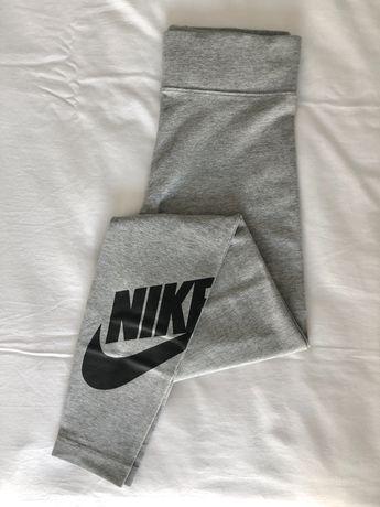 Calças desporto Nike