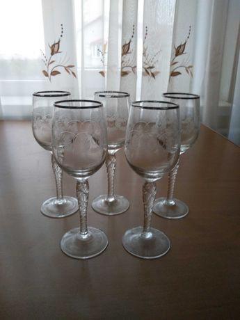 Бокалы для вина (5 штук)