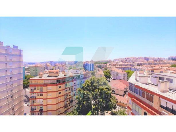 Apartamento T1 com vista desafogada - Reboleira (Amadora)