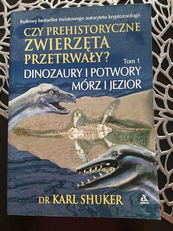 Książka dinozaury  i potwory mórz i jezior