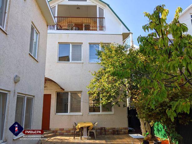 Продам 2 дома на одном участке, на берегу моря. Каролино-Бугаз.