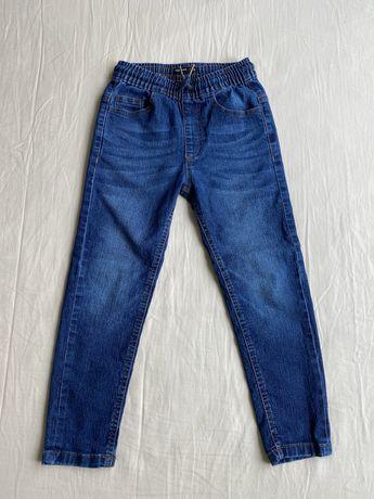 Джинсы , штаны Reserved для мальчика