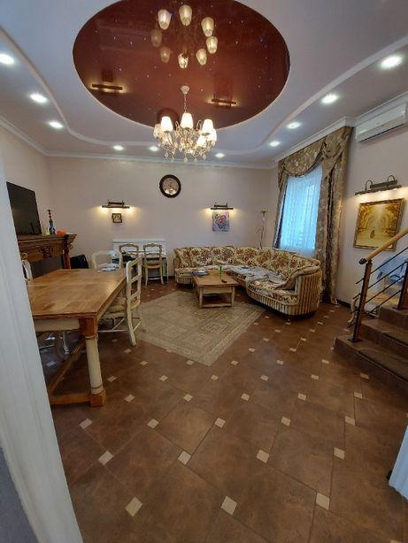 Таунхаус в Конча-Заспа с ремонтом и мебелью