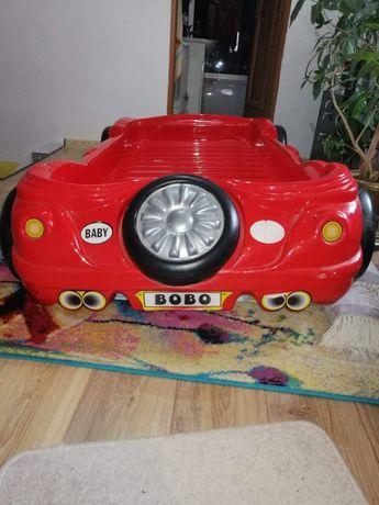 Łóżko auto czerwone