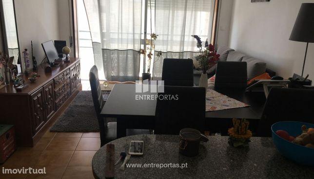 Venda de apartamento T2 com garagem fechada, Afife, Viana do Castelo