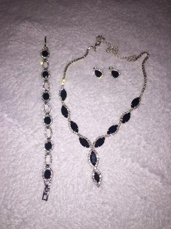 Komplet biżuterii eleganckiej
