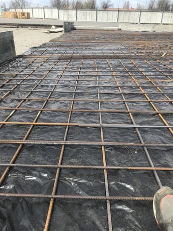 бетонние поли стяжки отмостки атак же промислови  поли