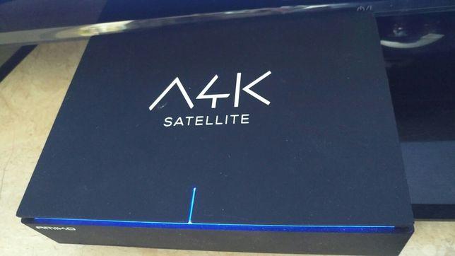 Андроид бокс AMIKO 4Ksatellite комбо UHD