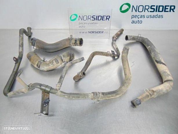 Conjunto de tubos de agua Kia Rio Break|01-03