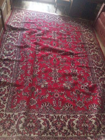Продам ковёр в очень хорошем состоянии!