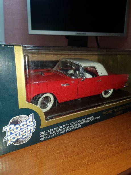 Модель Ford Thunderbird 1955