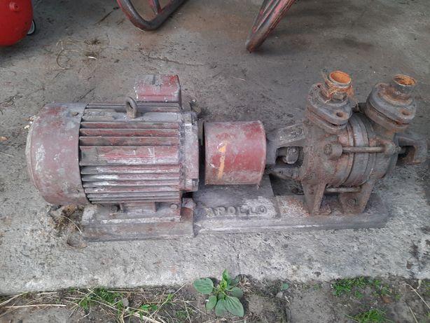 Sprzedam silnik 5KW + pompa