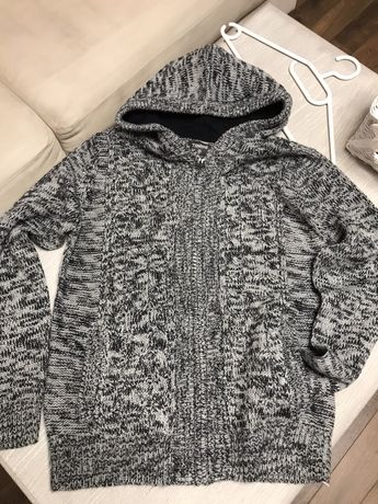 Sweter 140-146