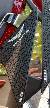 Защитные наклейки на бак Honda gold wing