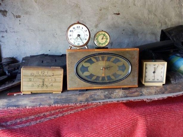 Часы старые