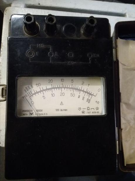 Мегоометр М4100