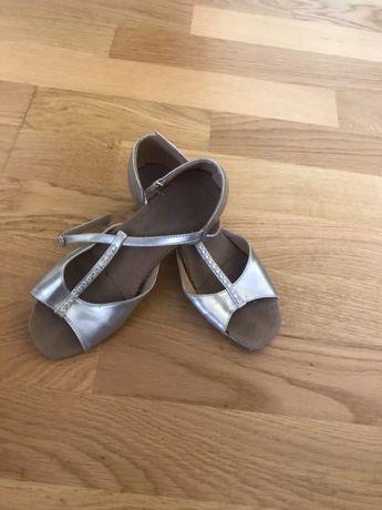 Туфли для бальных танцев 31 р(19см)