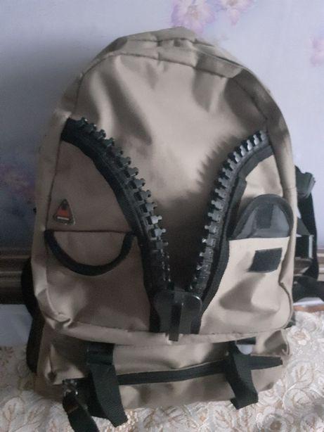 Рюкзак бренда Sela.
