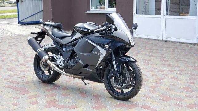 Hyosung GTR 650,мотоцикл,спортбайк ,