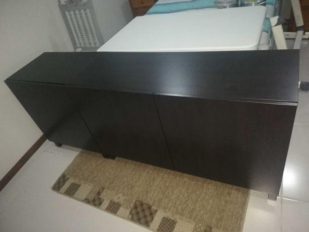 Aparador Besta (Ikea)