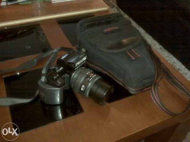 Máquina Fotográfica Reflex PENTAX SFX C/Lente Zoom 28-80