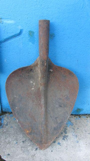 Лопата Сердце 34 см шириной, сердевидная стальная