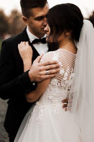 Свадебное платье . Весільна сукня