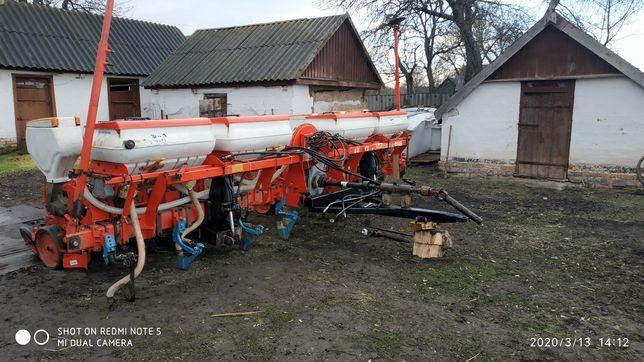 Сеялка Agromaster d 8
