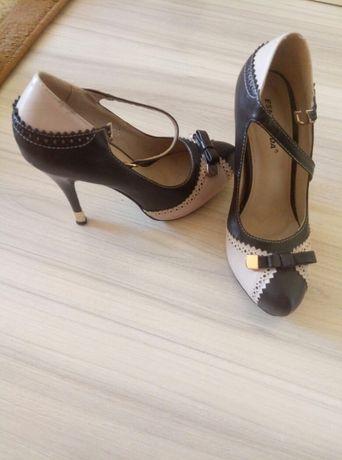 Продам кожаные туфли размер 37