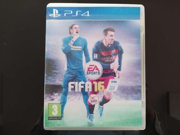 FIFA 16 na PS4 super stan