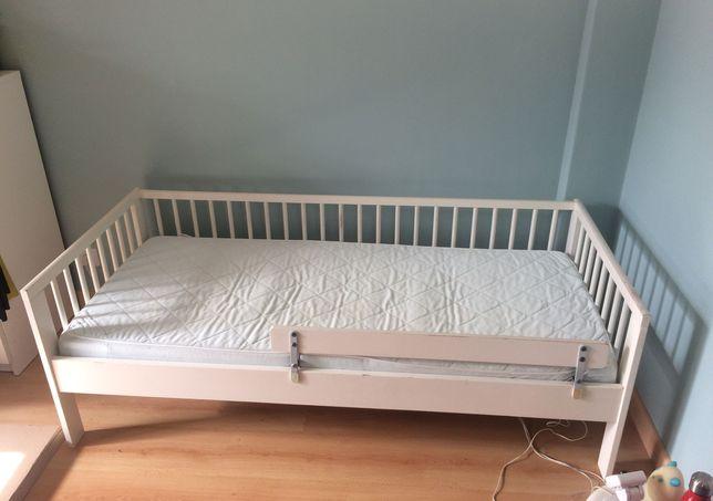 Cama de criança Gulliver IKEA (+ estrado, colchão e barra de proteção)