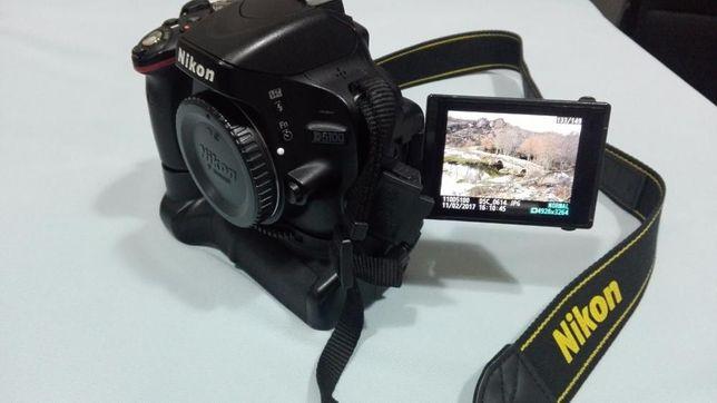 Nikon D5100 SLR com extras