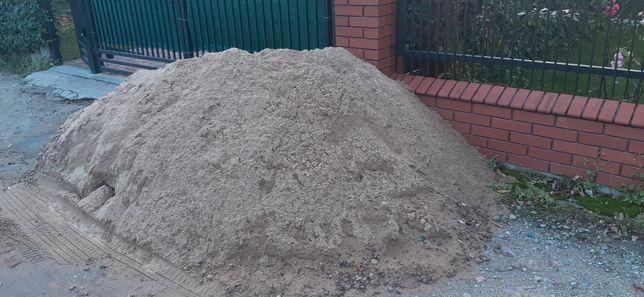 Oddam piasek okolo 3 tony