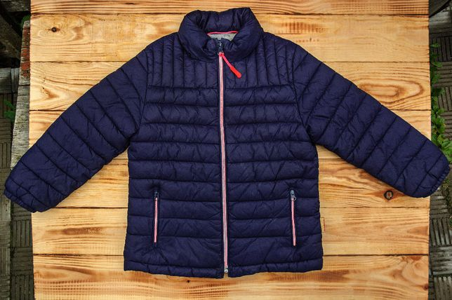 Курточка на девочку MANGO, на 5-6лет