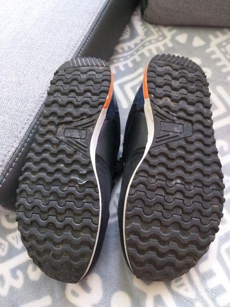 Adidasy American