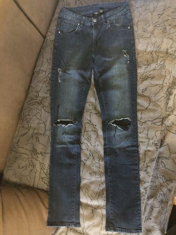 Женская одежда, джинсы, футболки, платье