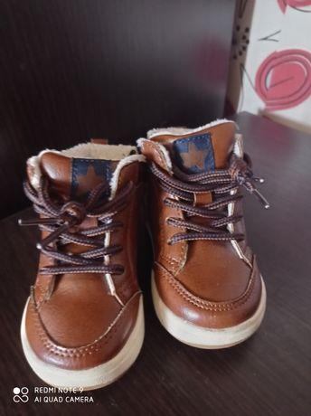 Продам ботинки H&M демисезонные р18-19