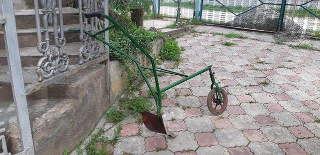 Ціну знижено! Плуг ручной ручний для саду, обробка землі